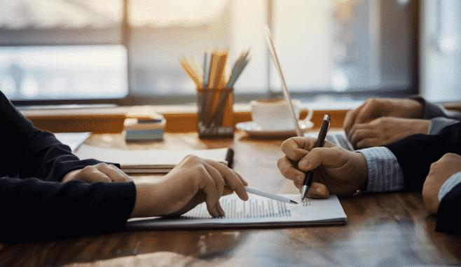 advogado para contratos empresariais