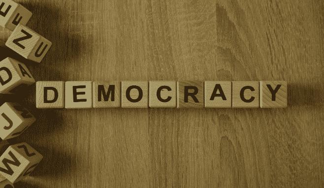 Facebook anuncia pesquisa sobre o impacto das redes sociais na democracia