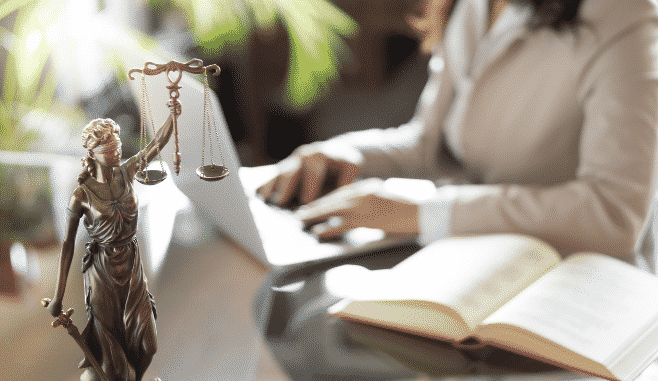 Direito Empresarial e Contratos Digitais